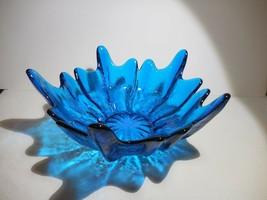 "Viking Glass Epic Blue Bluenique Textured 10"" Round Bowl Petal Lotus  70's - $45.00"