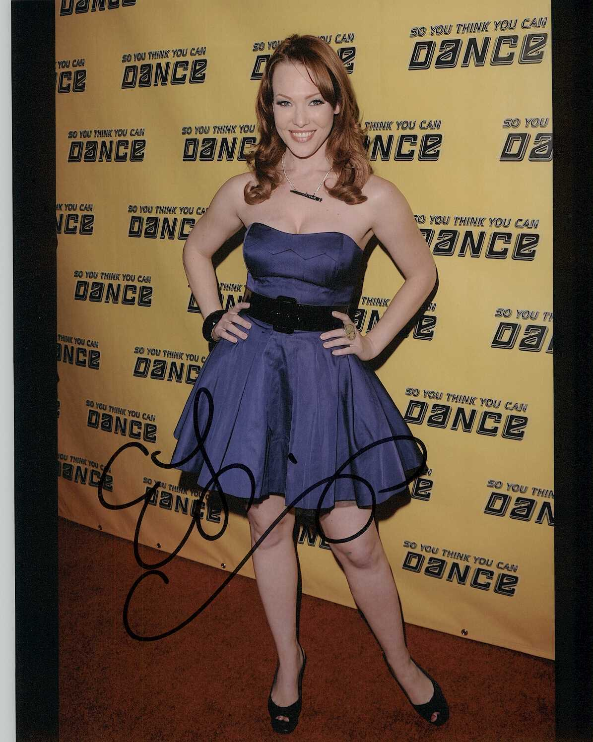Primary image for Erin Cummings Signed Autographed Glossy 8x10 Photo