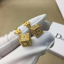Authentic Christian Dior 2019 DIOR LUCKY SQUARE EARRINGS CRYSTAL DANGLE DROP image 4
