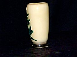 Cream Ceramic Vase with green vine  AA19-1598 Vintage image 4