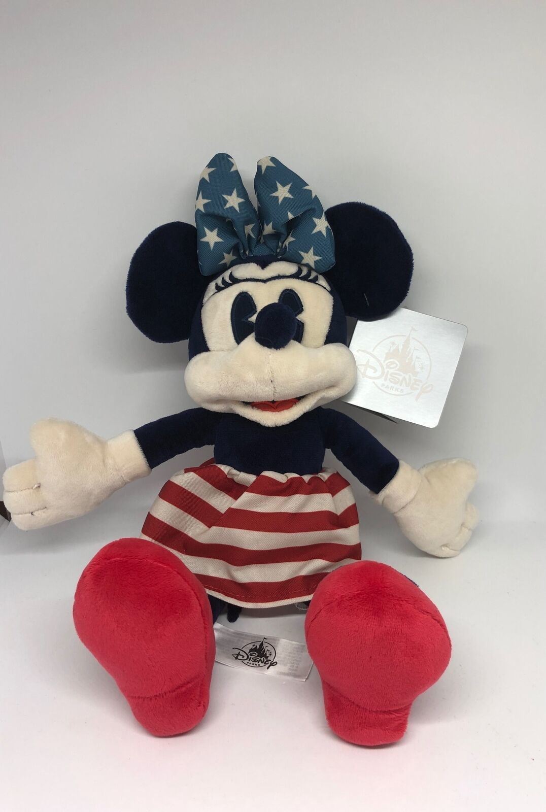 Disney Parks 11inc Mamer Minnie Mouse Americana Plush New with Tags