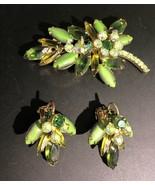 Vintage Juliana D&E Rhinestone Pin Pendant Clip Earring Set Green Olivine - $67.64