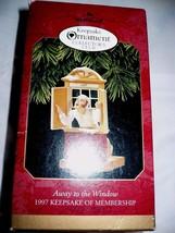 Hallmark Ornaments Away To The Window 1997 Keepsake  - $9.89
