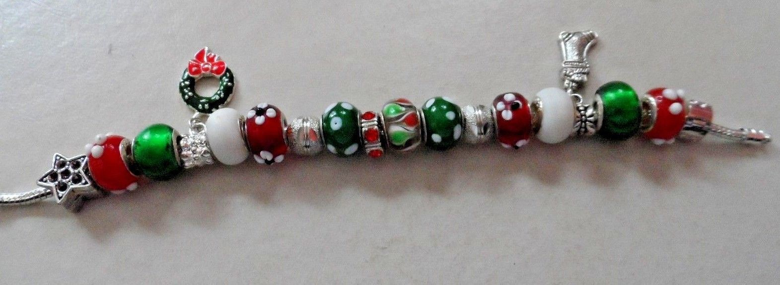 European style red, green and white bead bracelet Christmas holiday theme image 4