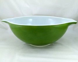 Pyrex 444 Avocado Vintage 4 Quart Cinderella Mixing Bowl ~ Made in the USA - $21.95