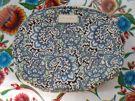 PREOWNED OLLIE & OLIVIA SMALL BLUE TAPESTRY PRINT CANVAS & POLYESTER MAK... - $9.00