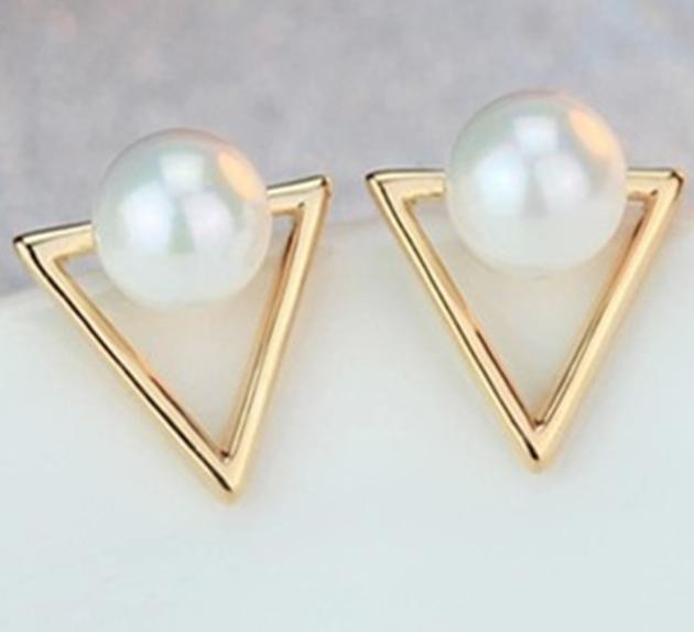 Jewelry, Simple Pearl Gold and Pearl Earrings