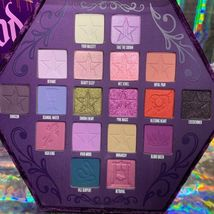 ** NEW IN BOX Jeffree Star BLOOD LUST purple Eyeshadow Palette image 4