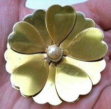 """Vintage gold tone faux pearl flower Brooch Pin 2.25"""" floral jewelry - $7.91"""