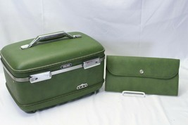 1960's American Tourister  Avacado Green Suitcase Luggage Case  - $58.79