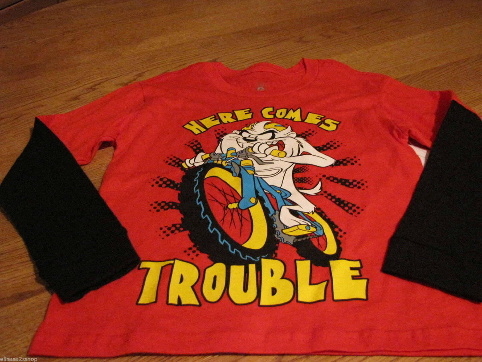 Boy's L Looney Tunes Tazmania Taz Devil long sleeve Here comes trouble T shirt