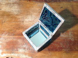 Teal Embossed Glass Ring Box Mirrored Bottom Paisley Designed Glass Handmade image 2