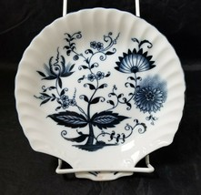 "Blue Onion Scallop Shell Bowls Set of 4 Clam Shell Plates 7""×7"" White, S... - $24.18"