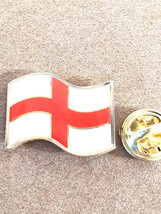 st george very detailed pin badge, gold Lapel Pin Badge in gift box