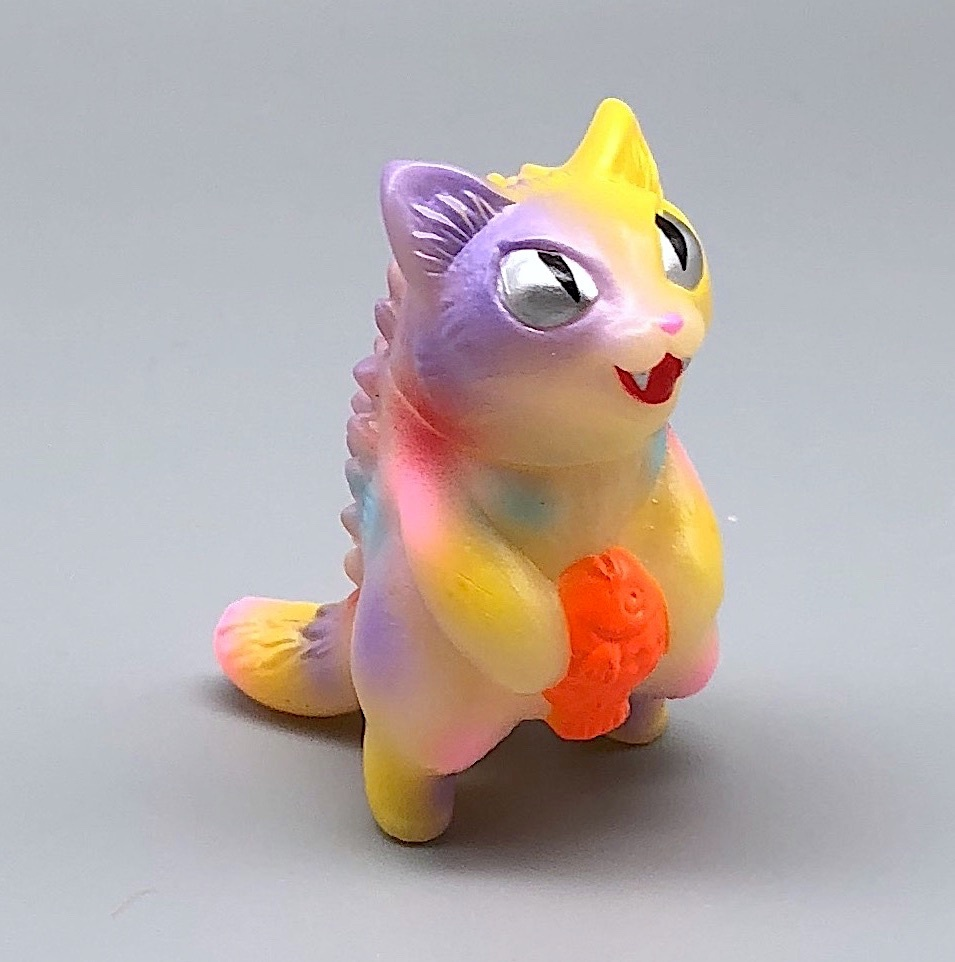 Max Toy GID (Glow in Dark) Pastel Micro Negora