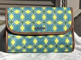 """NEW Stella and Dot """"Hang On"""" Ikat Blue Green Yellow Hanging Travel Case - $33.87"""