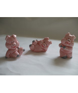 Figurines Lot 3 Pigglet Minature Glass 2 inches Tall  - $7.99
