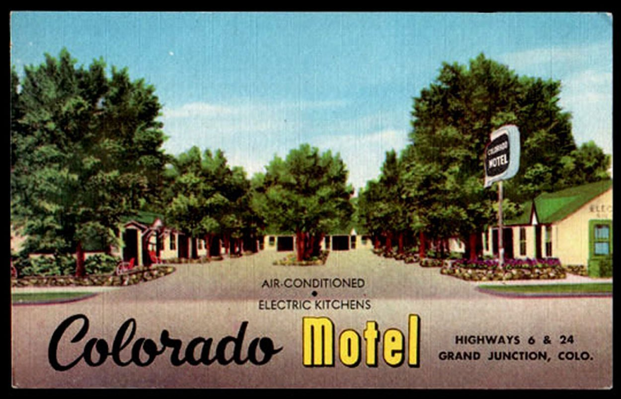 Colorado Motel Postcard Colorado Grand Junction Electric Kitchens AC Sign CO PC