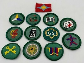 Girl Scout Patch Badge Vintage Lot Of 12 Cloth Embroidered 20-316 - $21.80