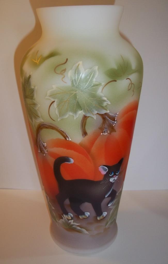 "Fenton Glass 10.5"" Halloween Pumpkin Prowler Black Cat Vase Ltd Ed #4/30"