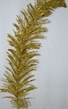 tii Collections G3229 Gold Swirl Tinsel Decorative Feather image 3