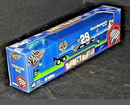 Blue Kevin Harvick #29 Die-Cast Collector Trailer Rig Winner's Circle AA19-NC801 image 6