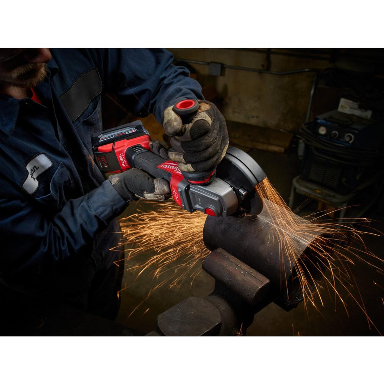 Angle Grinder Kit with 2 Piece 9.0 AH Batteries and Rapid Charger 18 Volt Sturdy