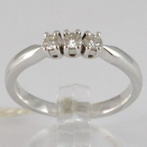 BAGUE EN OR BLANC 750 18K, TRILOGY 3 DIAMANTS CARAT EN TOUT 0.20, TIGE CARRÉ image 1