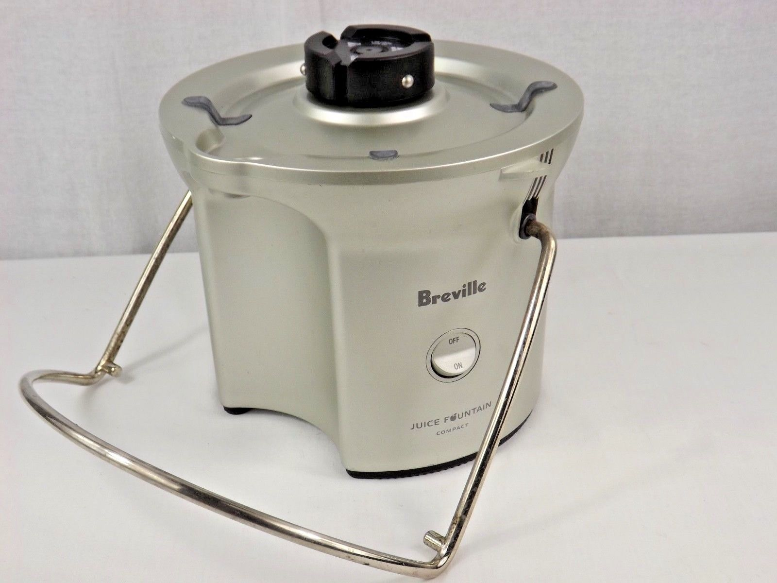 Breville BJE200XL Compact Juicer Fountain Replacement Motor Base Parts - WORKS