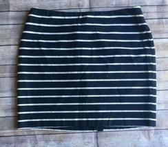 Banana Republic Women's Pencil Skirt Size 12 Blue White Stripe Above Kne... - $13.06