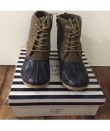 Crown & Ivy Boots NiB Size 5 Duck Boots New - $9.99