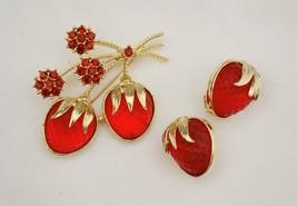 Vintage set Avon glowing strawberries brooch & earrings molded stones rh... - $32.66