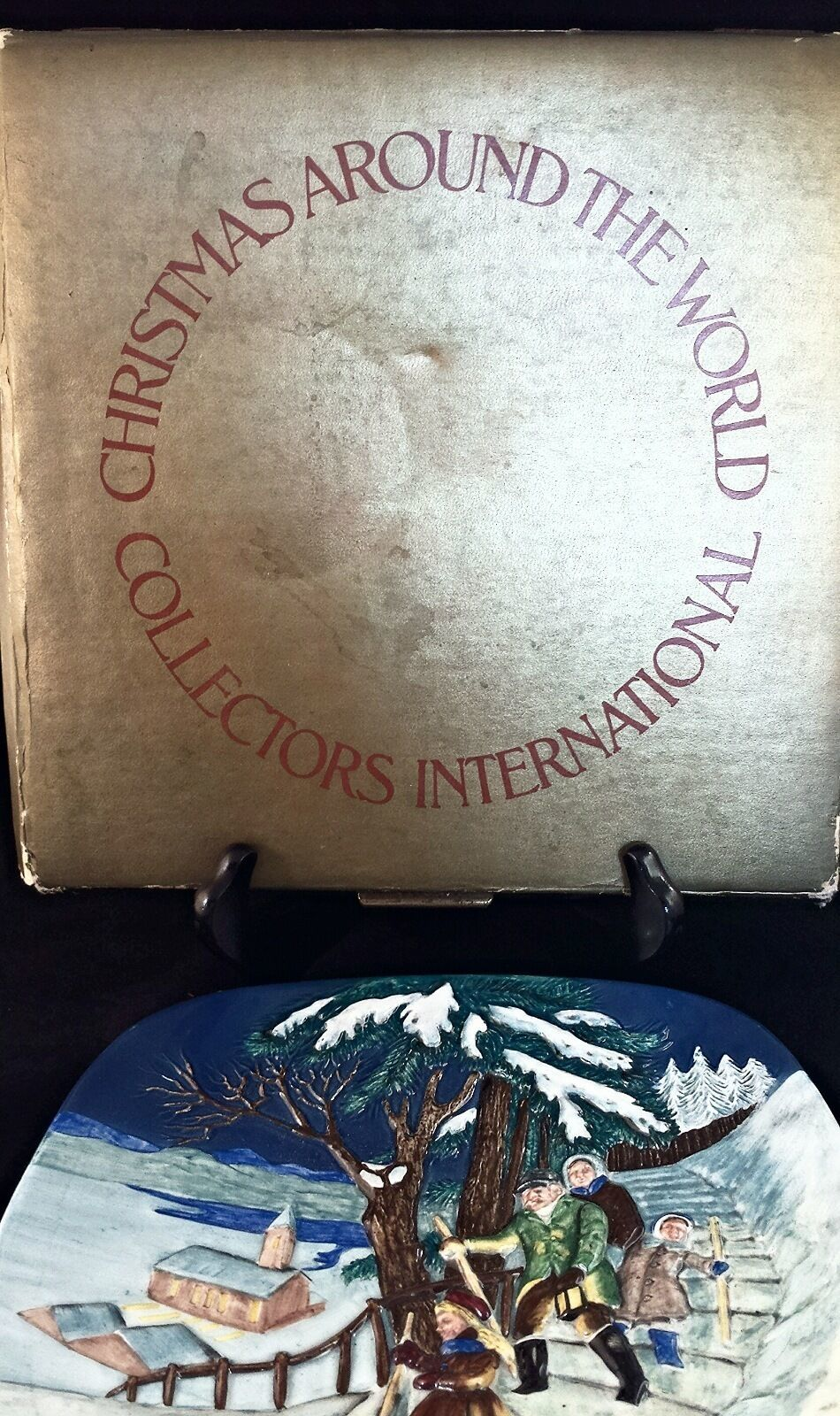 Christmas Around the World Royal Doulton Display Plate 3D 1975 Norway USA Seller image 5