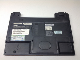 Toshiba Satellite M55-S139 Bottom Case APZJN000200 With Covers - $19.77