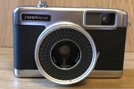 Vintage Yashica EZ-Matic Yashinon 1:2.7 F=37mm. Made In Japan. K II 5067956 - $26.67
