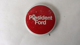 VINTAGE 1976 PRESIDENT GERALD FORD PRESIDENTIAL CAMPAIGN PIN - $9.64