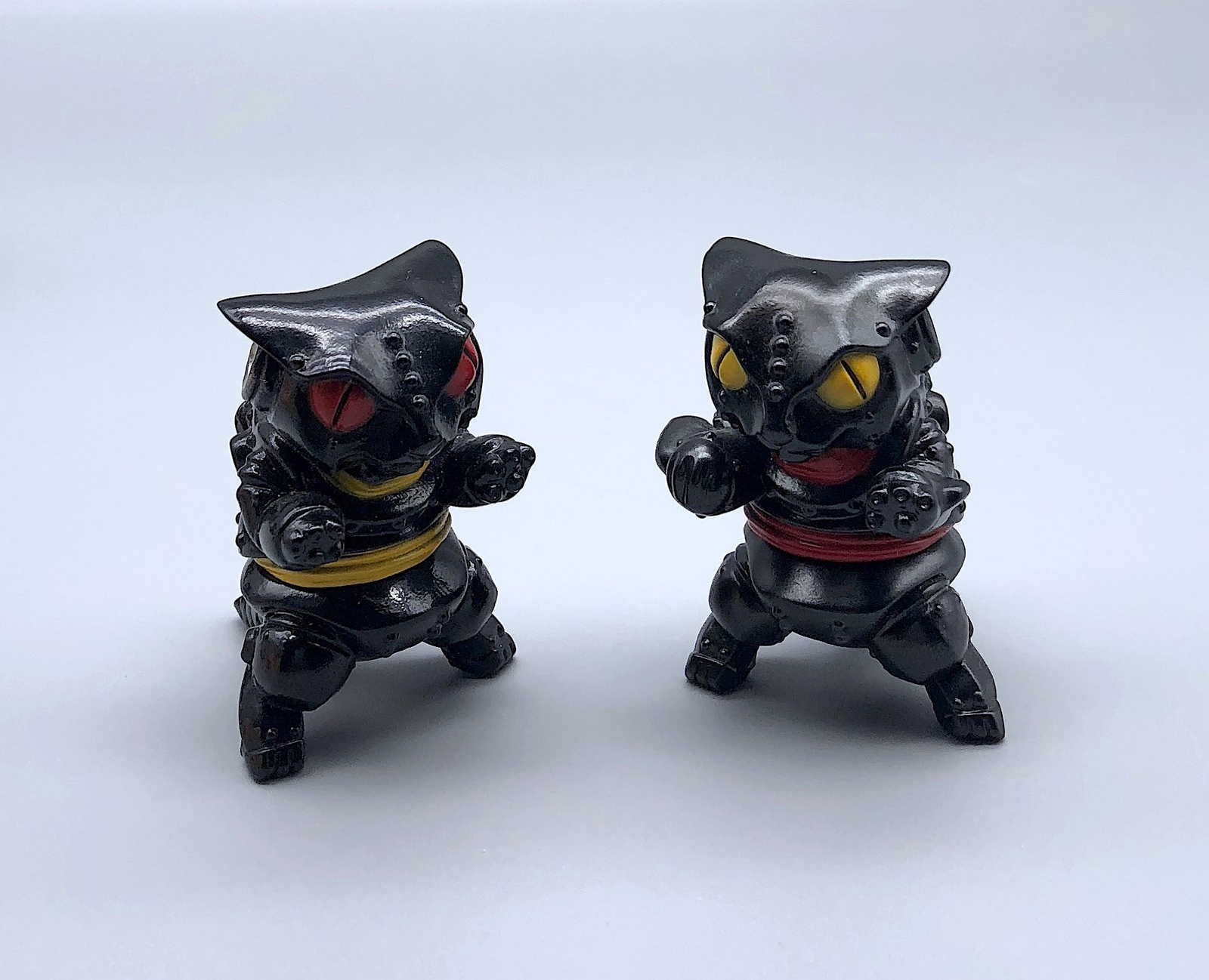 Max Toy Pair of Black Mini Mecha Nekoron