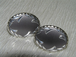 Vintage Pair of Etched Dub Gray Oval Silvertone Cuff Links – marked with... - $7.69