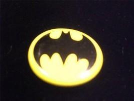 Batman 1988 Small Yellow Bat Silhouette Button Movie Pin Back Button - $6.00