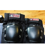 World Industries Elbow Guards Pads - Medium M - New  Skating Skate board... - $14.85