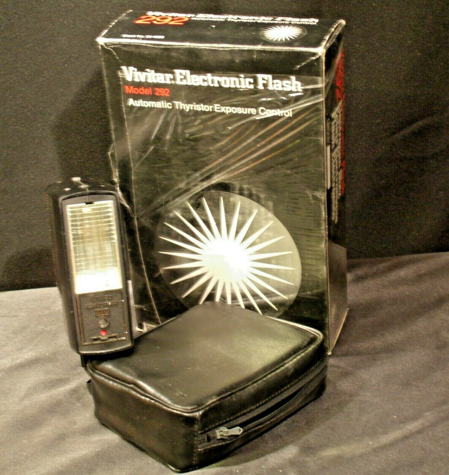 Vivitar Electronic Flash 292 with carrying case AA-192040 Vintage