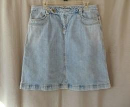 Gap denim skirt Sz 10 medium wash knee length - $12.69