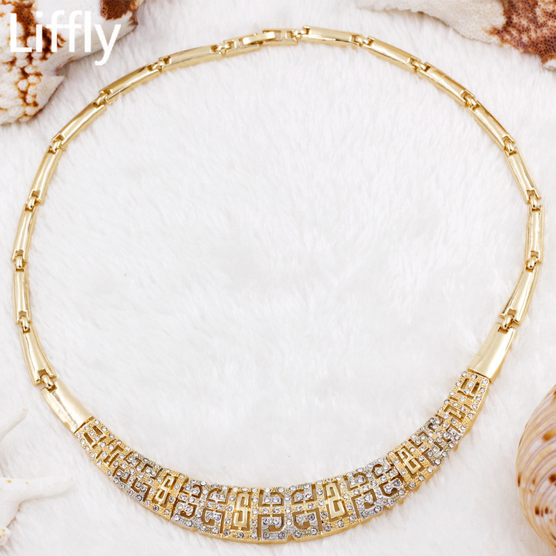 2019 Creative New Design 18 Gold Jewelry Sets Charm Women Crystal Necklace Ring