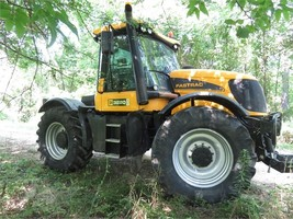 2005 JCB FASTRAC 3220 For Sale In Manheim, Pennsylvania 17545 - $53,000.00