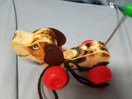 VINTAGE  FISHER PRICE LITTLE SNOOPY WOODEN PULL ALONG TOY - $9.50