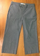 Old Navy Essential Stretch Women's Cropped Dress Pants - Size 4 - Gray, EUC - $13.97