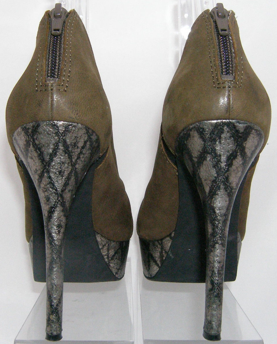 5d28a2ed21b Jessica Simpson olive leather elastic rear zip textured platform heel 9.5M