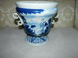 Rare Williamsburg C45 Large Delft Vase Or Jardiniere - $841.50