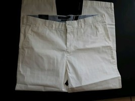 Tommy Hilfiger Pants Classic White Custom Fit Size 38 W 30 L Casual 4 Pockets - $26.68