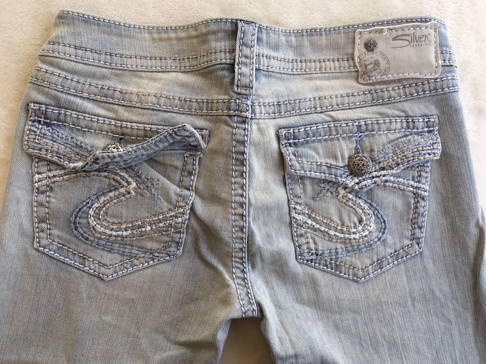 New SILVER Jeans Sale Buckle Light Low Rise Pioneer Flap Cropped Stretch Jean 28